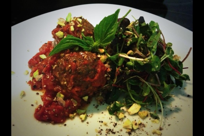 pistacio meatballs